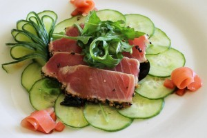Seared Ahi Tuna with Wakame and English Cucumber Salad (2)